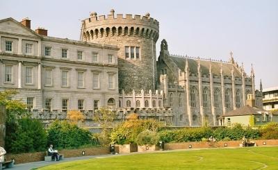 Dublin-castle-400