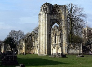 800px-St_Marys_Abbey_York_6[1]